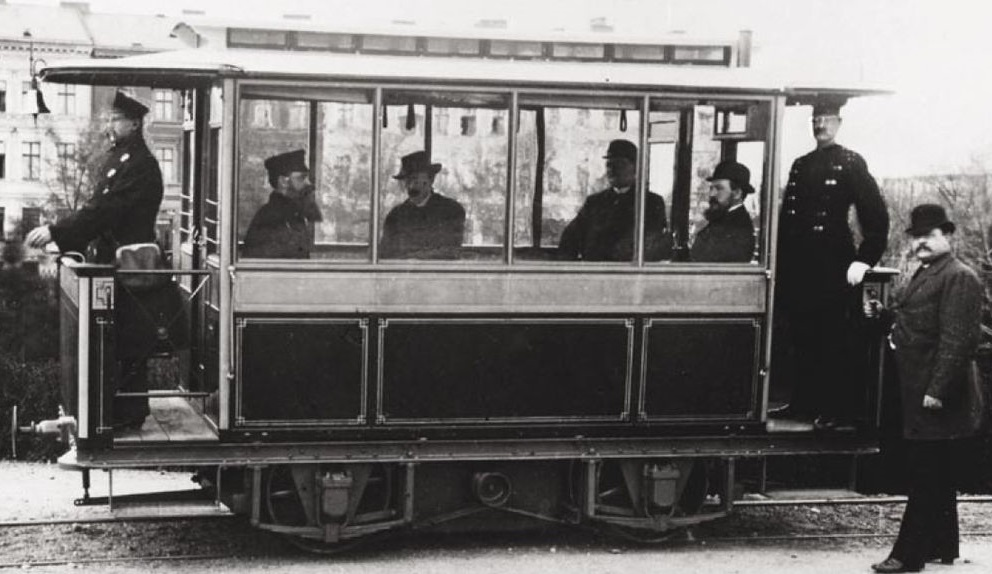 1881 first electric tram by Siemens in Lichterfelde