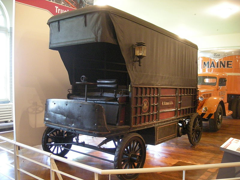 1900 Wood electric truck